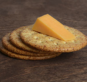 HUFFMAN'S CHEESE AND CRACKERS