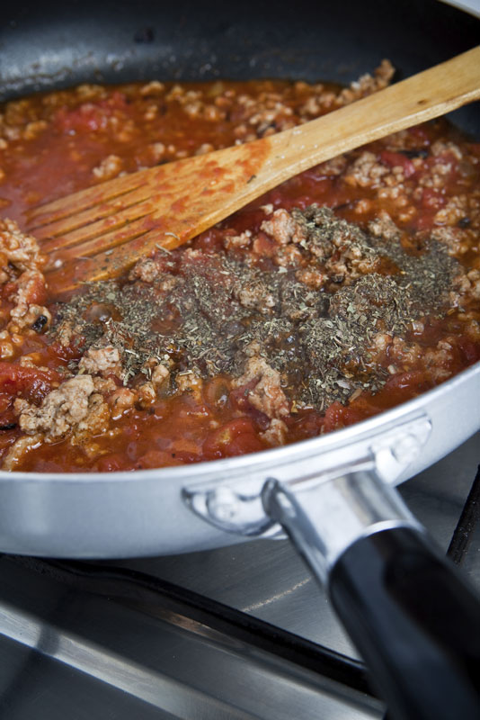 HUFFMAN'S SPICY BEEF BOLOGNAISE